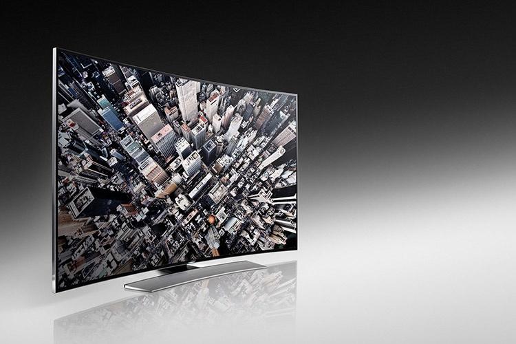 معرفی نخستین تلویزیون خمیده UHD سامسونگ در نمايشگاه CES