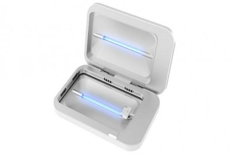 ابزار PhoneSoap برای گندزدایی تلفن هوشمند در حین شارژ شدن
