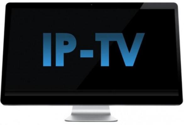 ارائه تلویزیون اینترنتی از سوی صدا و سیما و مخابرات غیرقانونی است