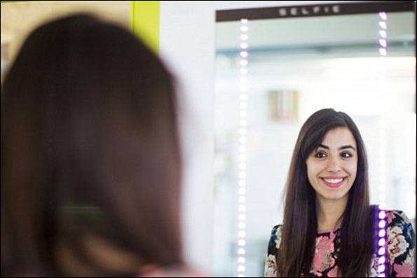 ساخت آینه ای که از شما عکس میگیرد