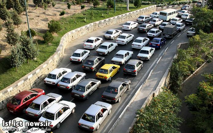 کاهش سوانح جادهیی به کمک فناوری ارتباط خودروها 