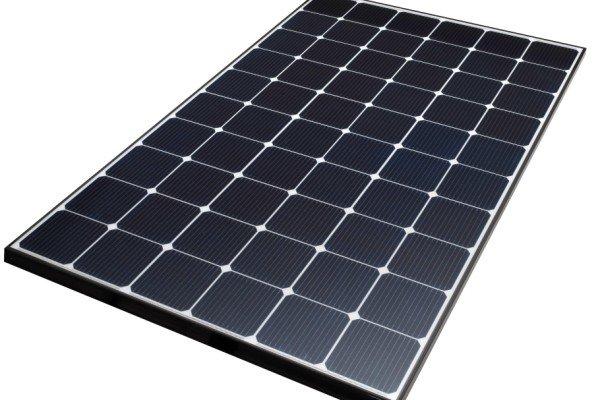 همکاری وزارت ارتباطات با آلمان در تولید پنل خورشیدی
