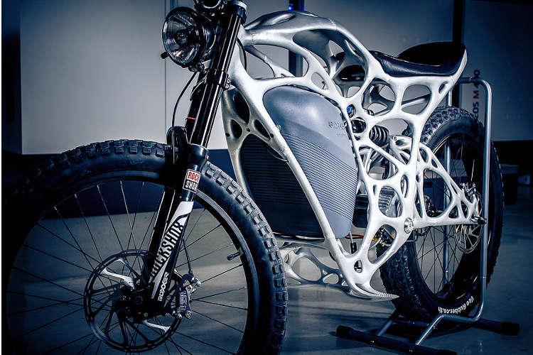 موتورسیکلت الکتریکی شرکت ایرباس، ساخته شده به کمک پرینت سه بعدی