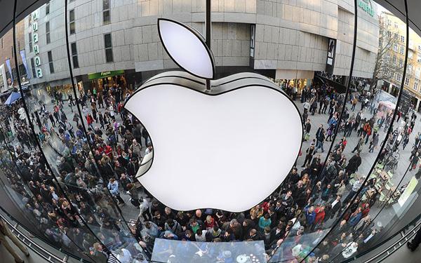 اپل با پشت سر گذاشتن گوگل، محبوب ترین کمپانی دنیا لقب گرفت