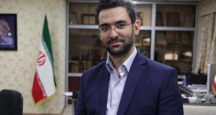 وزیر دههشصتی رای اعتماد گرفت/ جهرمی وزیر ارتباطات شد